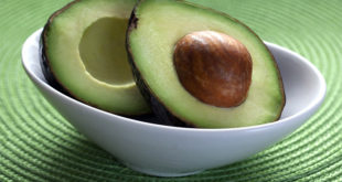 Ricetta di Antipasto di Avocado e Asparagi