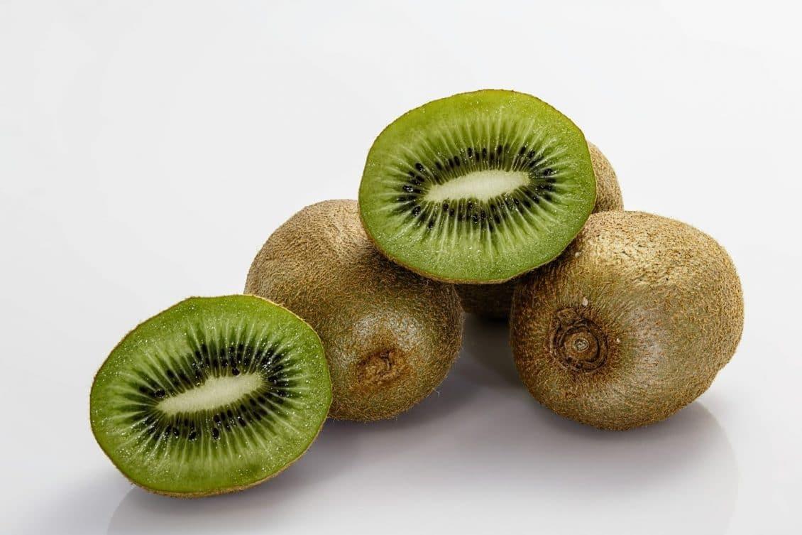 proprietà del kiwi per perdere peso
