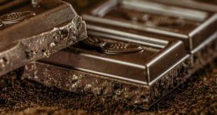 Mangiare cioccolato fondente ogni giorno fa bene?