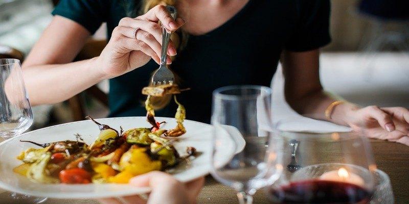 come masticare il cibo per perdere peso